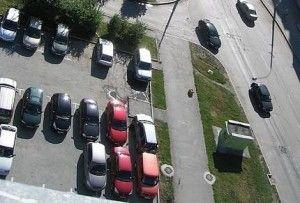 Фото - Варіанти вирішення проблеми парковок - в москві вивчають можливість зведення їх на перших поверхах будівель