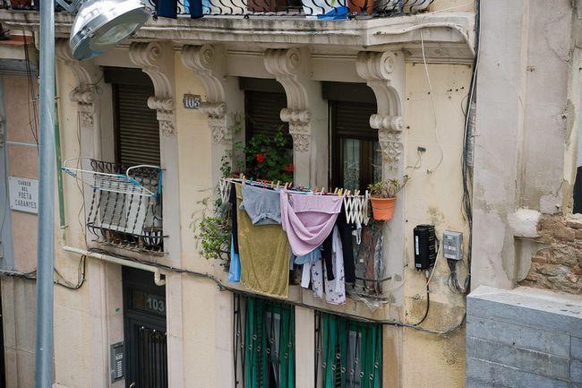 Фото - Види пристосувань для сушіння білизни на балконі