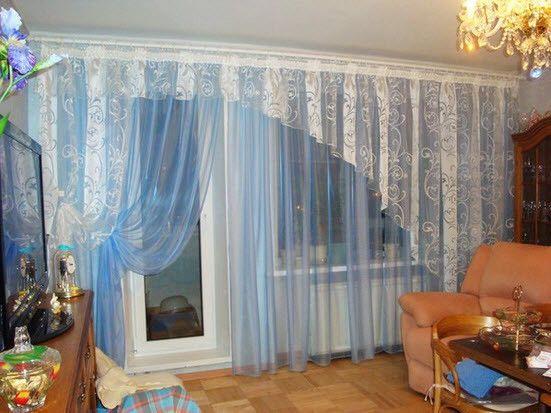 Фото - Вибір штор для залу з балконом