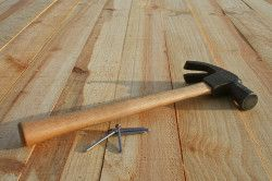 Деревяна підлога на цементному стягуванні