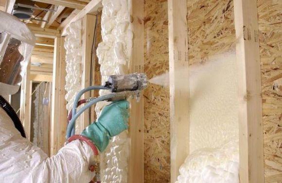 Фото - Високотехнологічний утеплювач стін будівель - пінополіуретан