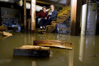 Фото - Затоплення підвалу в будинку